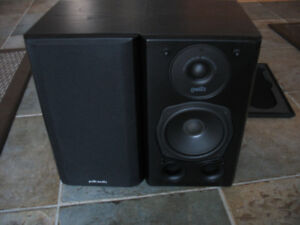 2 Haut-Parleur / Speaker Polk Audio RT3