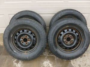 Winter Tires 225/70R16      5 X 114.3 bolt pattern
