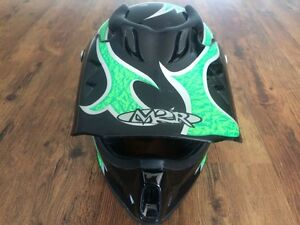 M2R youth medium MX helmet