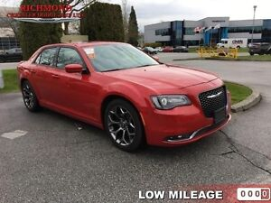 2016 Chrysler 300 S  - Leather Seats -  Bluetooth -  Heated Seat