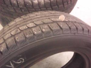 4 pneus dunlop ds2 d'hiver 225/60/16