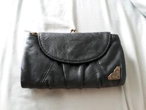 Porte monnaie noir de marque Roxy