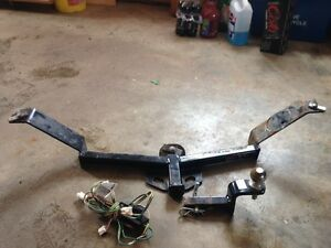 Trailer hitch fits Hyundai