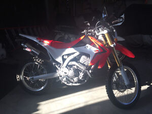 Honda crf250l for sale with performace and aesthetic mods