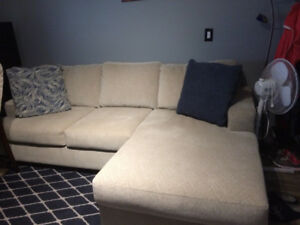 L shaped Sectional couch