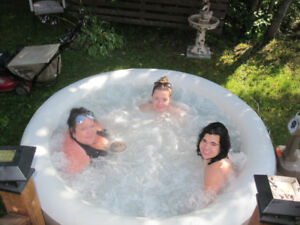 Spa gonflabe a vendre.