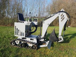 MP800 (mini excavatrice unique au monde)