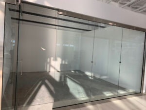 DOUBLE UNIT FOR LEASE IN NEW HORIZON MALL - IMMEDIATELY