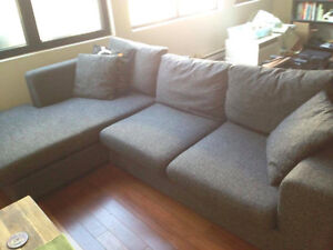 Mobilia Sectional Like NEW!