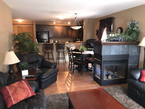 Beautiful condo for rent in Radium Hot Springs