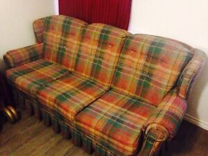 Couch (plaid)