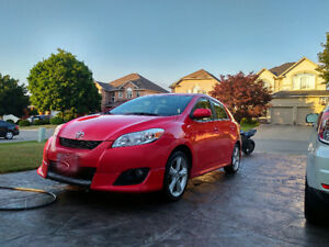 Excellent! Toyota Matrix XR with brand new summer and winters