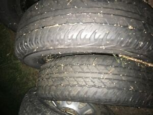 245 70 16 Dunlop mud and snow tires great condition