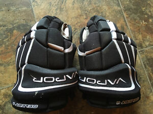 Hockey gloves for sale