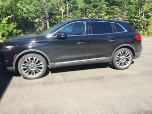 2016 Lincoln MKX Reserve LOW KMS