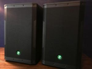 Mackie SRM 550 Powered Speakers