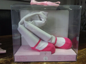 BRAND NEW: pair of Baby Girls Tender Toes Tights