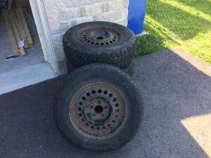 4 pneus hiver et roues acier