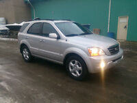 08 KIA SORENTO LX, LOADED LEATHER SUN ROOF, WINTER TIRES, CLEAN!