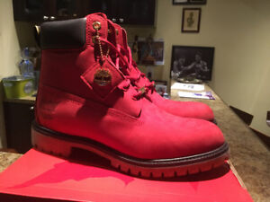 Limited edition Canada Red Timberlands