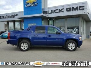 2013 Chevrolet Avalanche LTZ-Leather-Moonroof-Tow Pkg   - Certif