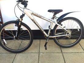 """Specialized Hardrock Sport Mountain Bike. 15"""" Frame. 26"""" Wheels Fully working"""