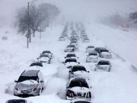 SNOW REMOVAL CALL ROGER 613-929-7180