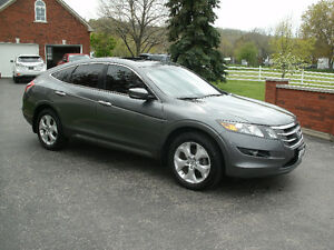2010 Honda Accord Crosstour EX-L Wagon :Only 110Kms, Navigation!