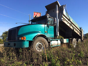 1991 Int Eagle Dump Truck and Pup