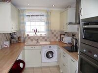 3 bed first floor flat in Totnes central location