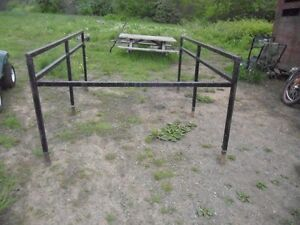 PERFECT STEEL BLACK SIDE RACKS FOR AN 8 FOOT BOX.