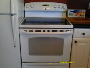 GENERAL ELECTRIC SMOOTH TOP STOVE