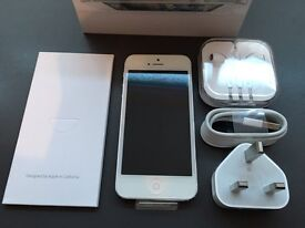 Brand new unlocked sim free iPhone 5 with full new accessories on sale