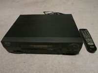 VHS VCR Video Cassette Recorder Sears 509-30250 with remote
