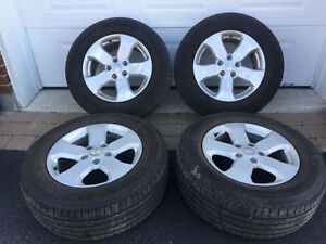 Grand Cherokee OEM Mags with 265/60/18 Michelin Latitude Tires