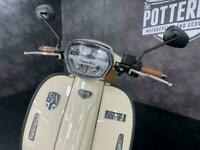 Royal Alloy GP 125cc S Modern Classic Retro Automatic Moped Scooter Liquid Co...
