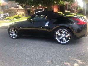2010 Nissan 370Z Roadster....Touring Model. ..Private sale