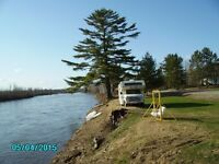 WATERFRONT  PROPERTY   AND HOUSE  FOR SALE