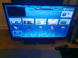 "Samsung 40"" Smart TV"