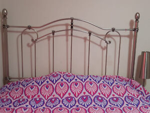Wrought iron - queen bed