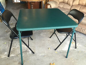Folding Table with 2 Chairs