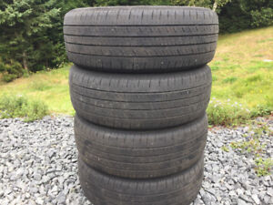Four 185/60R15 Summer Tires Excellent Tread