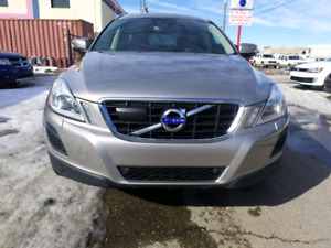 2012 VOLVO XC60 T6 AWD ONE OWER ONLY!