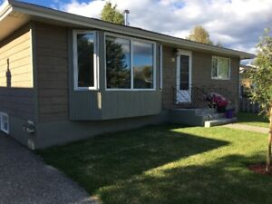 Cozy, well maintained bungalow