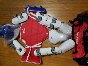New taekwondo protection uniform size 4 and size L with bag