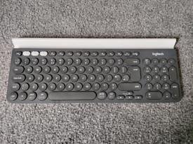 Logitech K780 Wireless keyboard bluetooth