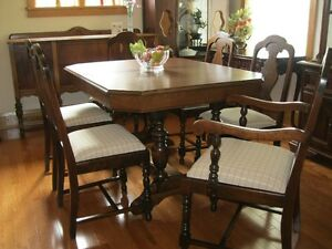 CHOICE OF ANTIQUE @ VINTAGE DINING ROOM TABLE WITH CHAIRS
