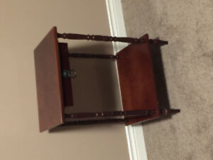 Bombay Company side table