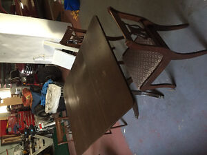 Antique table and chairs Kawartha Lakes Peterborough Area image 1
