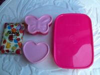 💗🍍🍱little pink lunch box and 2 smaller containers New